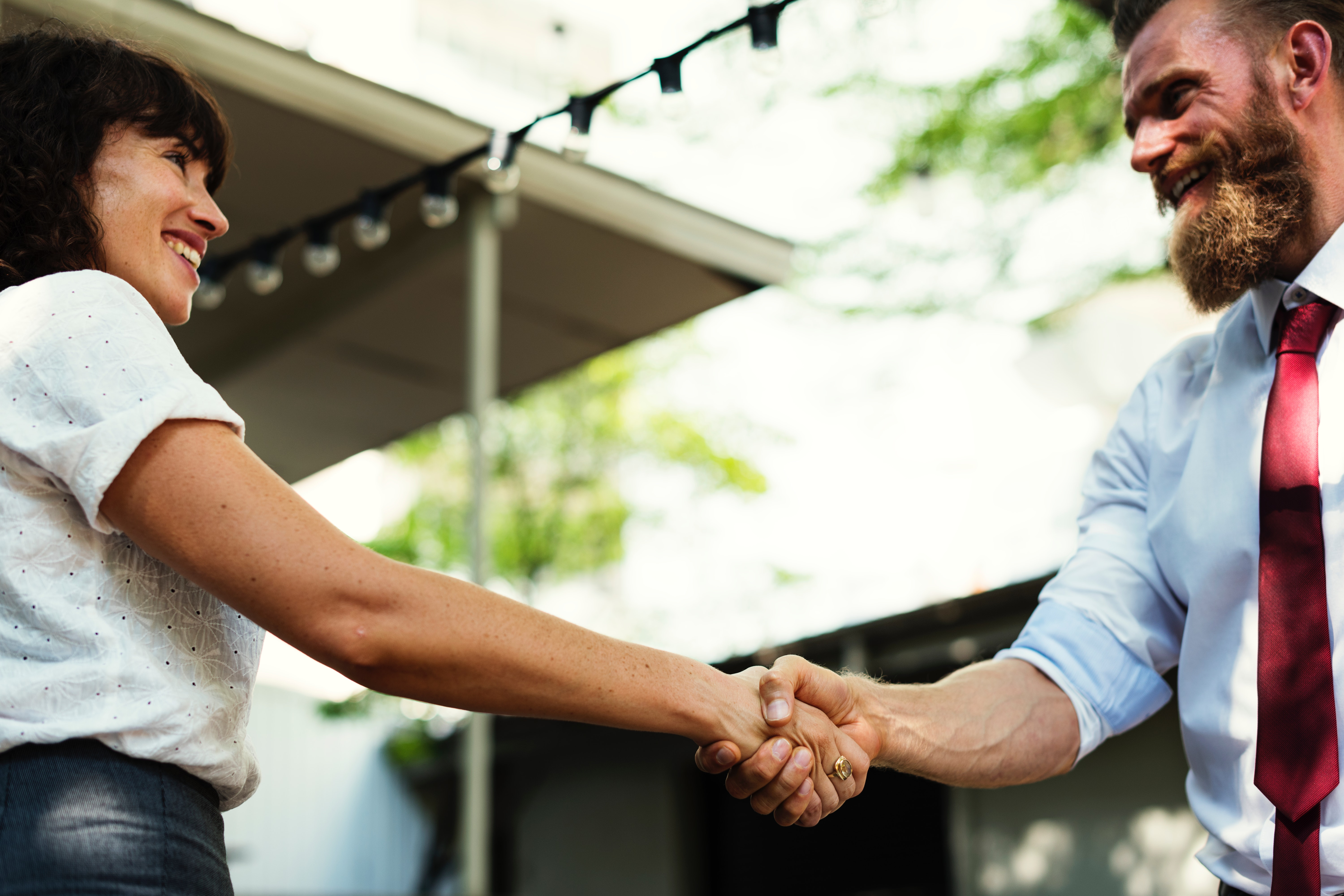5 tips for networking with purpose at your next event
